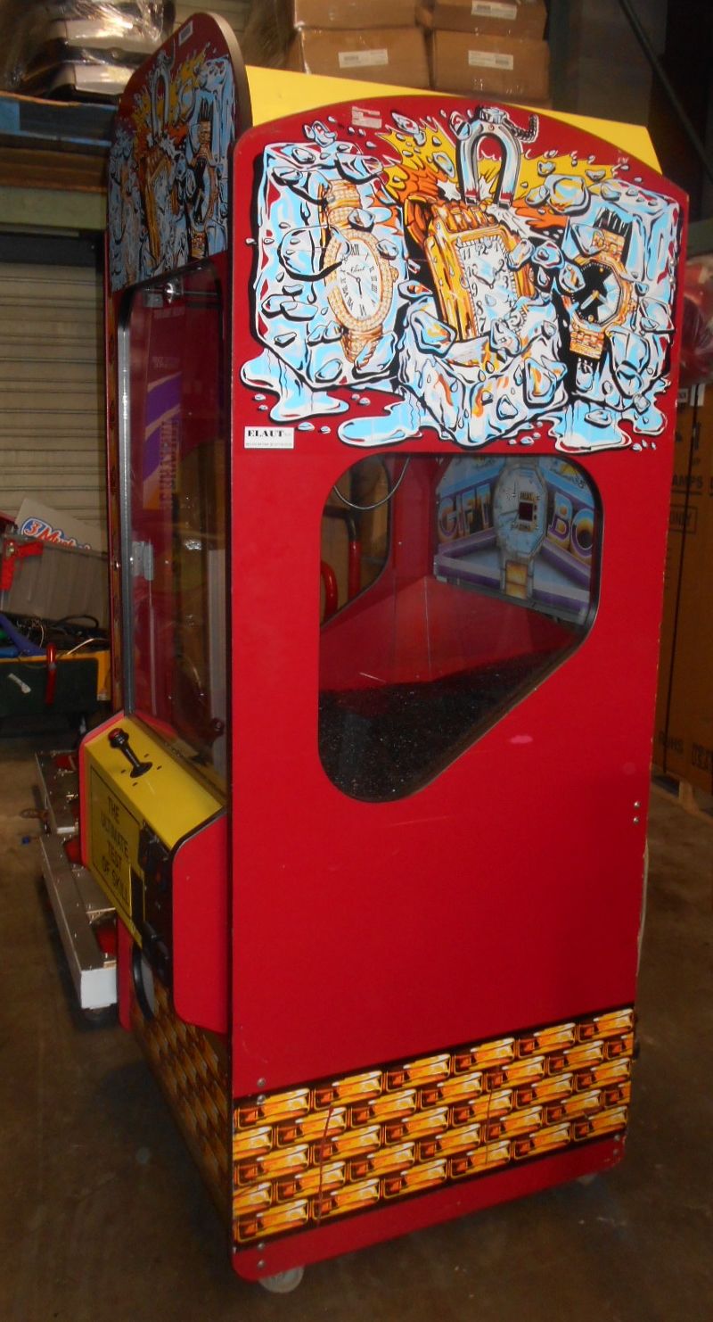Gift Box Claw Crane Arcade Machine Game For Sale Regular