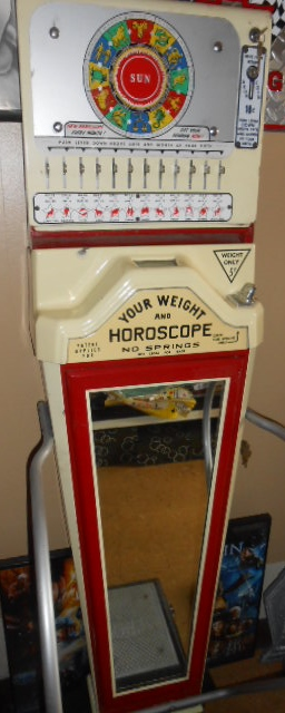 Vintage Original Weight & Horoscope - 10 Cent Coin-Operated