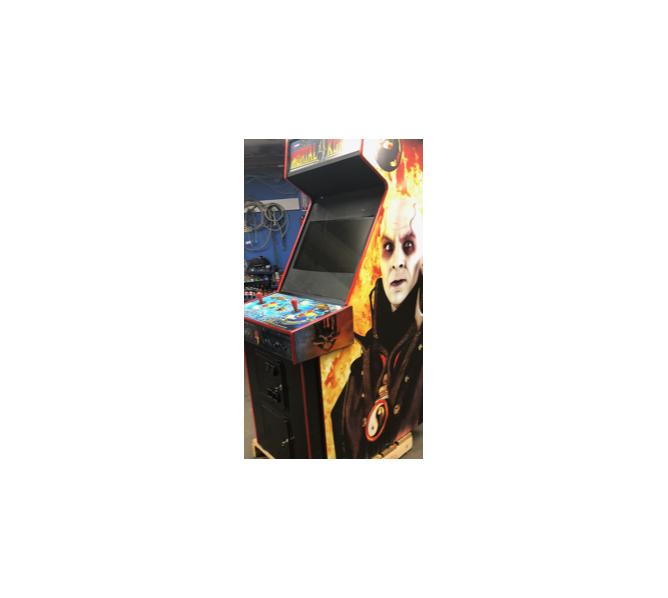 MORTAL KOMBAT 4 Upright Video Arcade Machine Game for sale