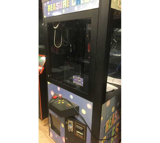 TREASURE CHEST Crane Arcade Machine Game for sale